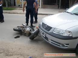 Accidente auto moto1